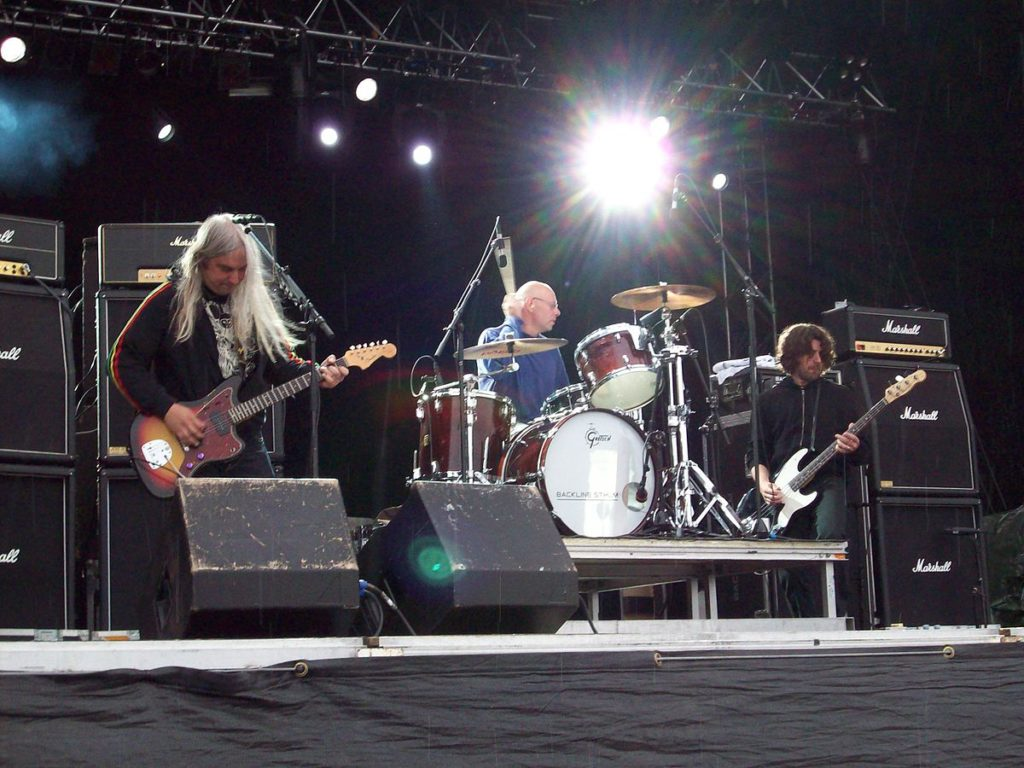 blog-music-show-preview-dinosaur-jr