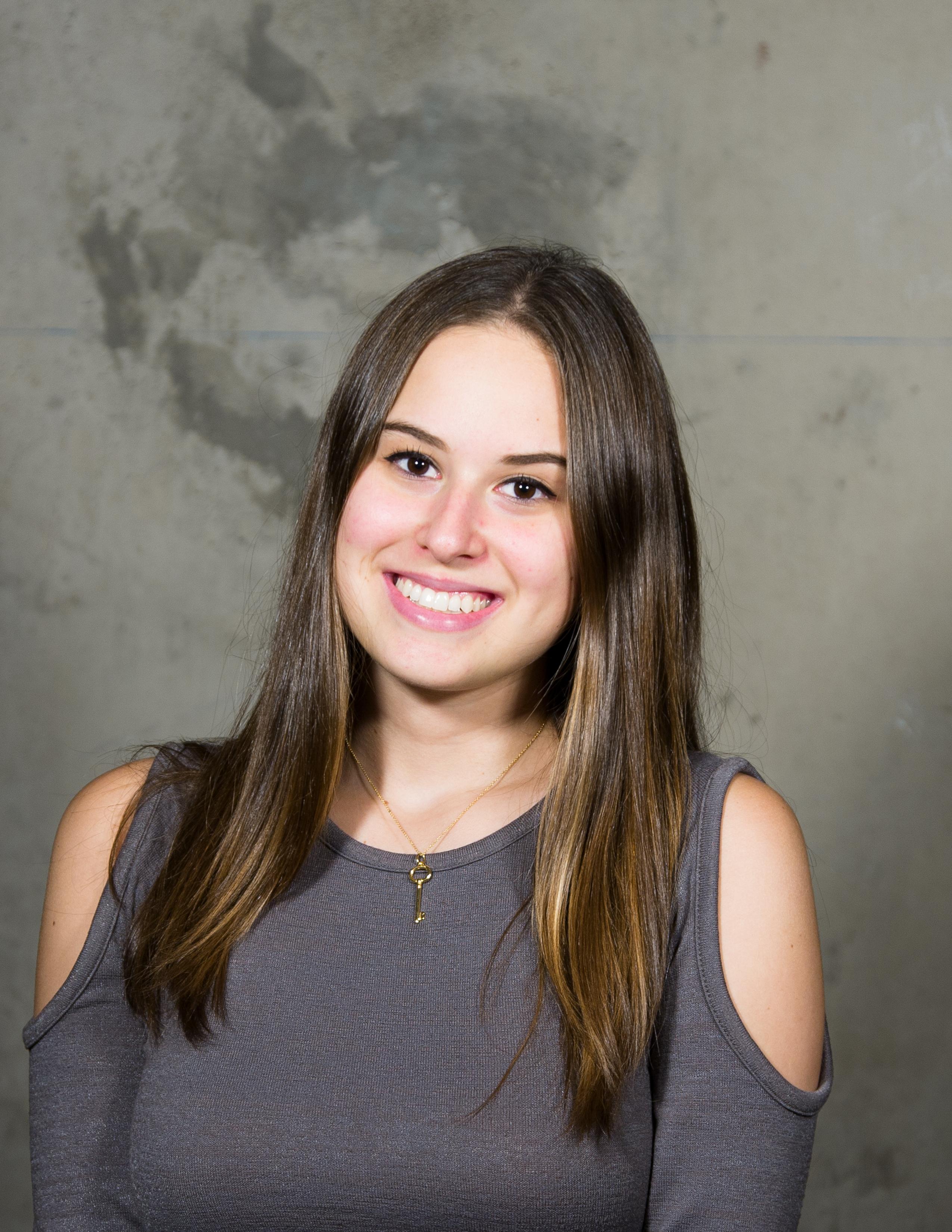 Stella Porter : News Director