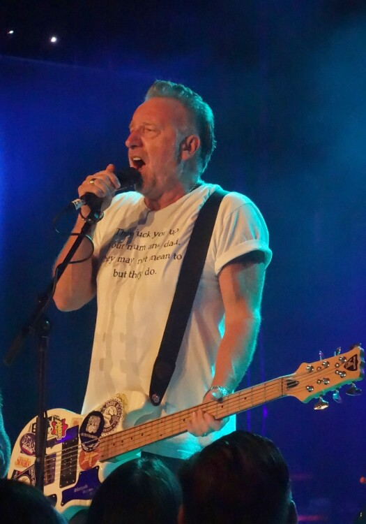 peter-hook-show-review